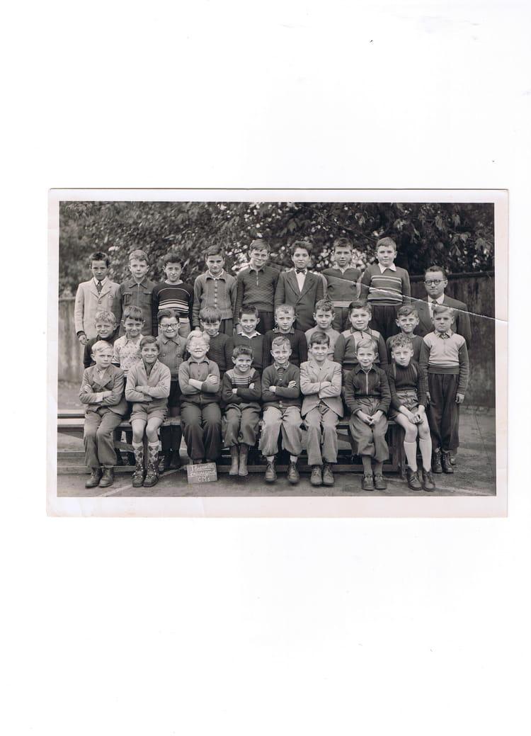photo de classe c m 1 de 1956 ecole beauregard thionville copains d 39 avant. Black Bedroom Furniture Sets. Home Design Ideas