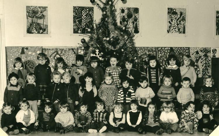 photo de classe maternelle de 1974 ecole vauban copains d 39 avant. Black Bedroom Furniture Sets. Home Design Ideas