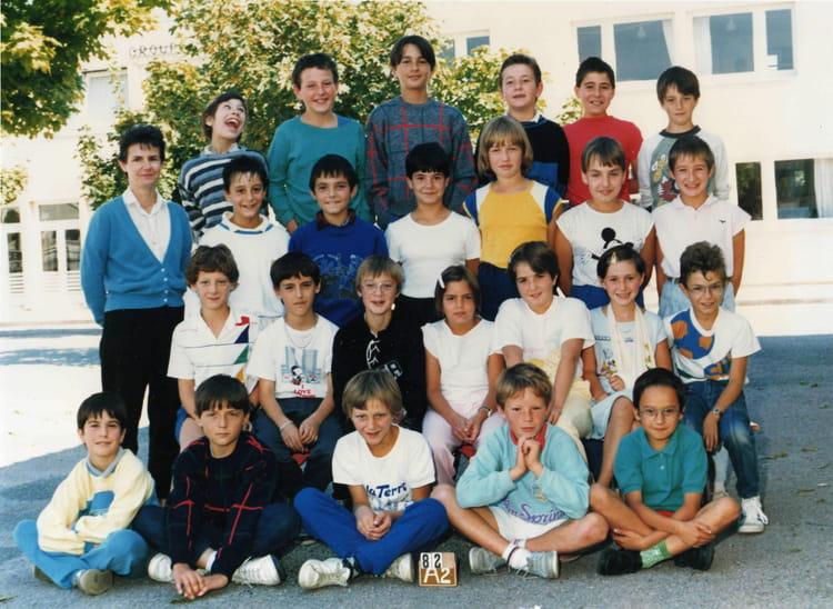 photo de classe cm2 de 1986 ecole groupe scolaire jean mace gueret copains d 39 avant. Black Bedroom Furniture Sets. Home Design Ideas