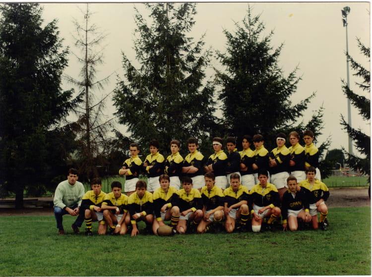 Photo de classe tournoi a clermond ferrand de 1992 for Sporting club salonais