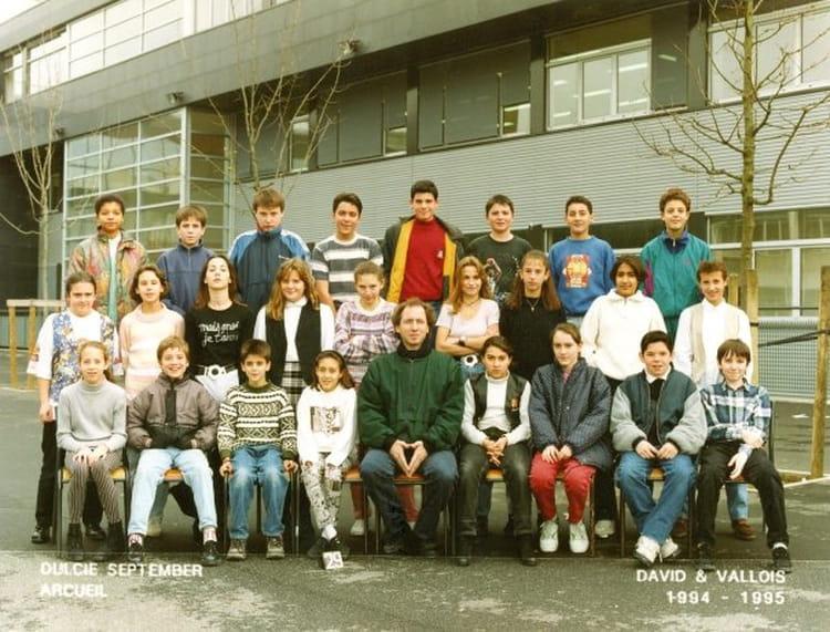 photo de classe classe de 5 me de 1994 coll ge dulcie september copains d 39 avant. Black Bedroom Furniture Sets. Home Design Ideas