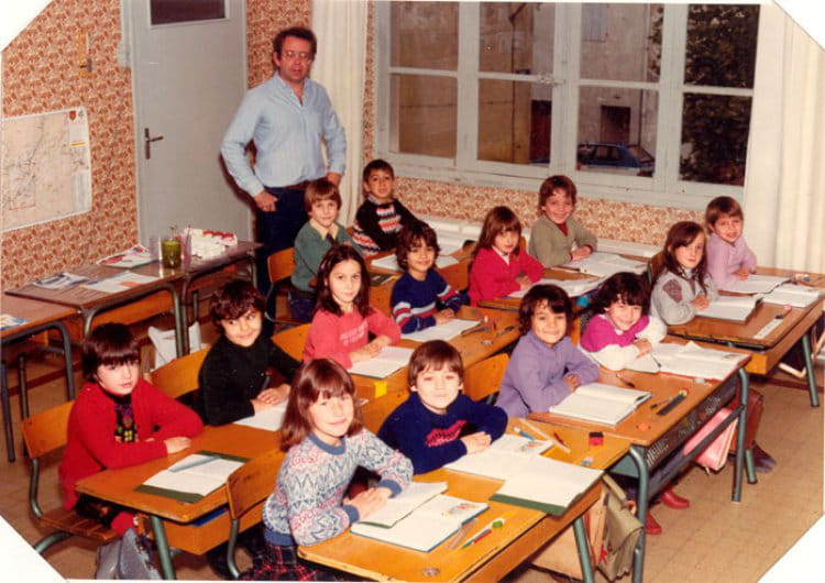 photo de classe ce2 cole de la placette nimes de 1981 ecole placette copains d 39 avant. Black Bedroom Furniture Sets. Home Design Ideas
