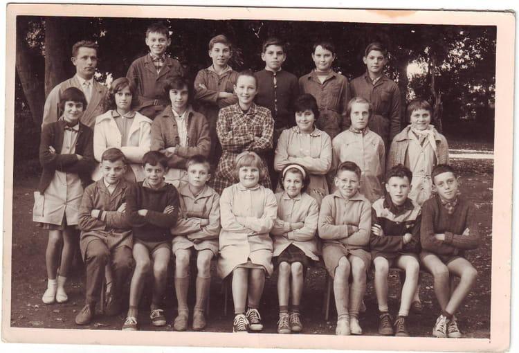 Photo de classe 6 me groupe d 39 observation eurville de for Eurville bienville