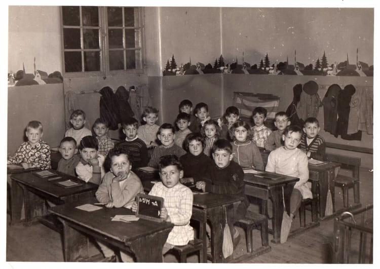 Photo de classe ecole maternelle paul bert argenton sur for Piscine d argenton sur creuse