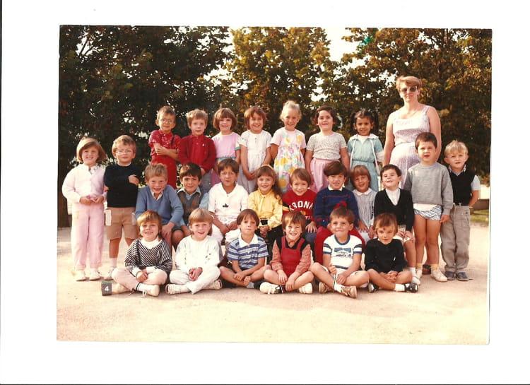 photo de classe grande maternelle de 1985 ecole clovis jacquiert saint martin sur le pre. Black Bedroom Furniture Sets. Home Design Ideas