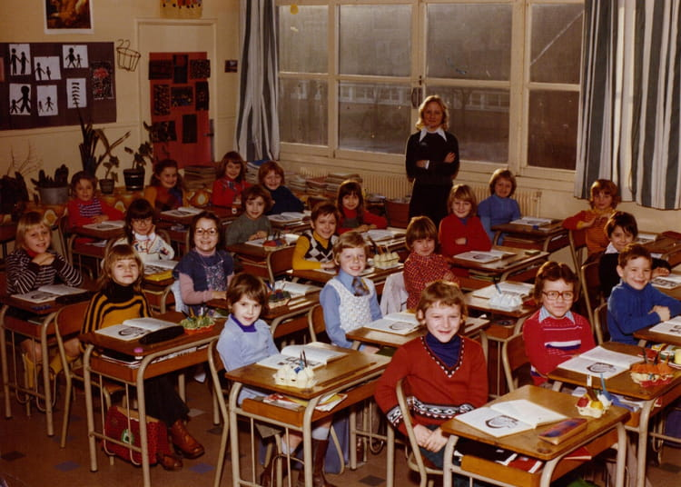 photo de classe cm1 de 1985 ecole vancauwenberghe saint. Black Bedroom Furniture Sets. Home Design Ideas