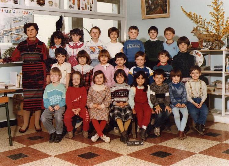 photo de classe cp de 1986 ecole henri barbusse douchy les mines copains d 39 avant. Black Bedroom Furniture Sets. Home Design Ideas