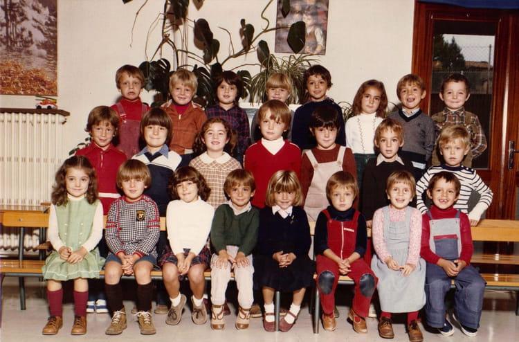 photo de classe maternelle pasteur beziers de 1978 ecole louis pasteur copains d 39 avant. Black Bedroom Furniture Sets. Home Design Ideas