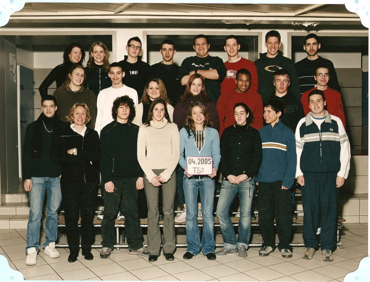 photo de classe term vizille de 2004 lyc 233 e portes de l oisans copains d avant