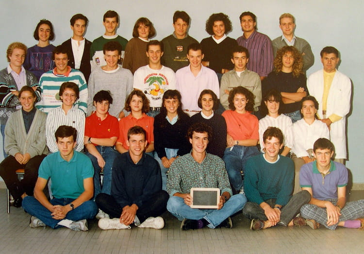 Photo de classe terminale c de 1989 lyc e jean baptiste for Pronote college jean moulin salon