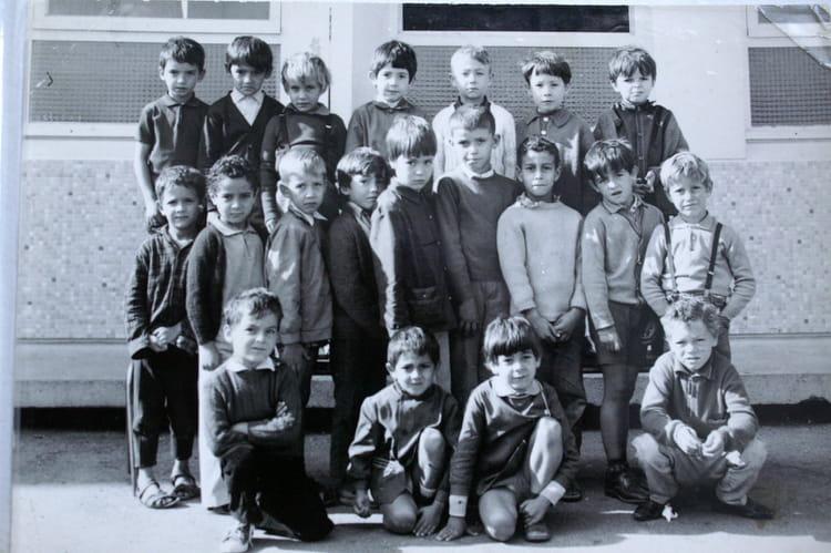 photo de classe cp de 1968  ecole helene boucher