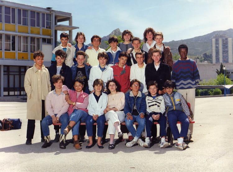 photo de classe 3eme de 1984 coll ge les bartavelles