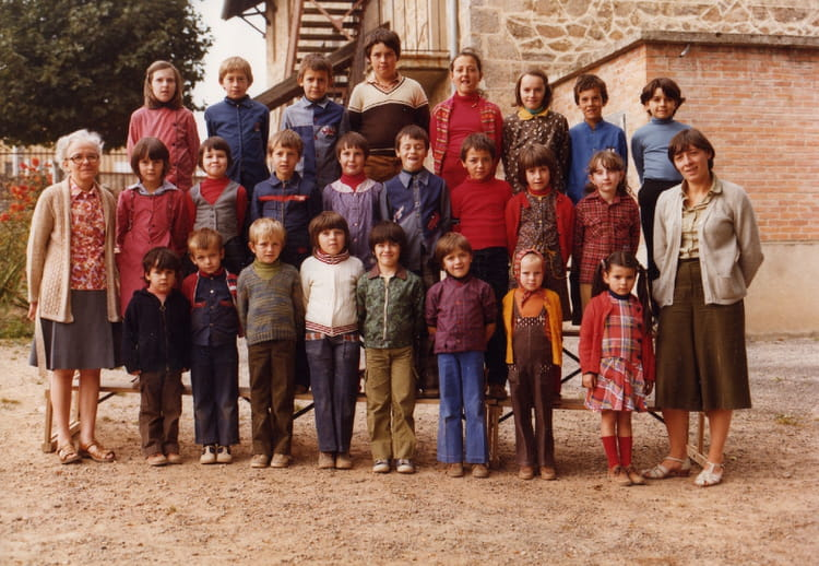 Photo de classe 1979 1980 de 1979 ecole sainte marguerite for Haute rivoire