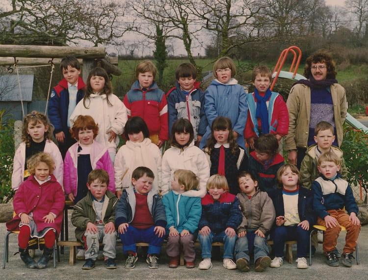Photo de classe Maternelle 1985-1986 de 1986, Ecole Primaire (Le ...