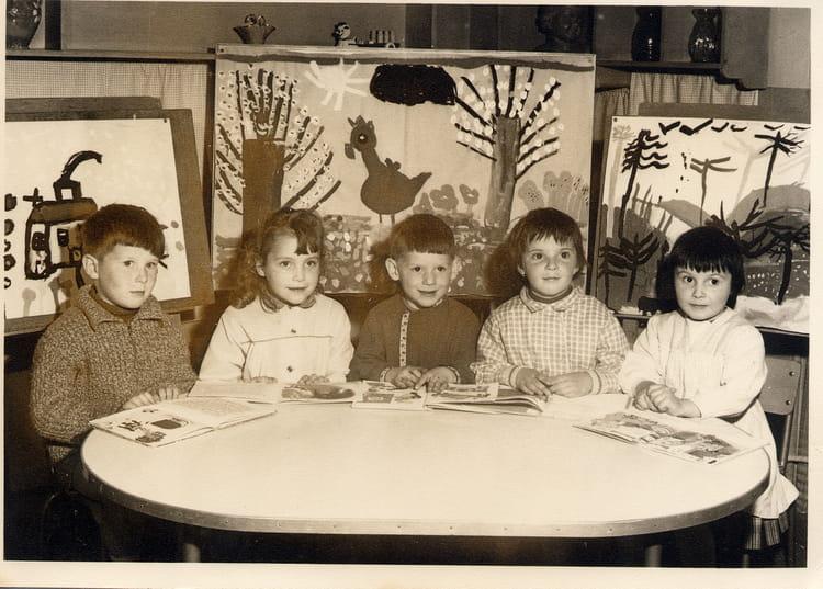 photo de classe marronier de 1960 ecole marronniers meaux copains d 39 avant. Black Bedroom Furniture Sets. Home Design Ideas
