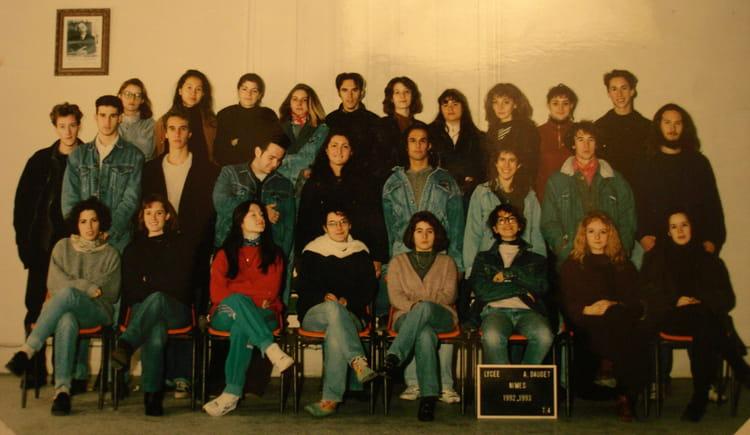Photo de classe t4 a3 de 1992 lyc e alphonse daudet for Lycee alphonse daudet