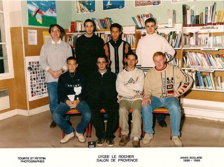 photo de classe tle dpi lpp le rocher salon de provence