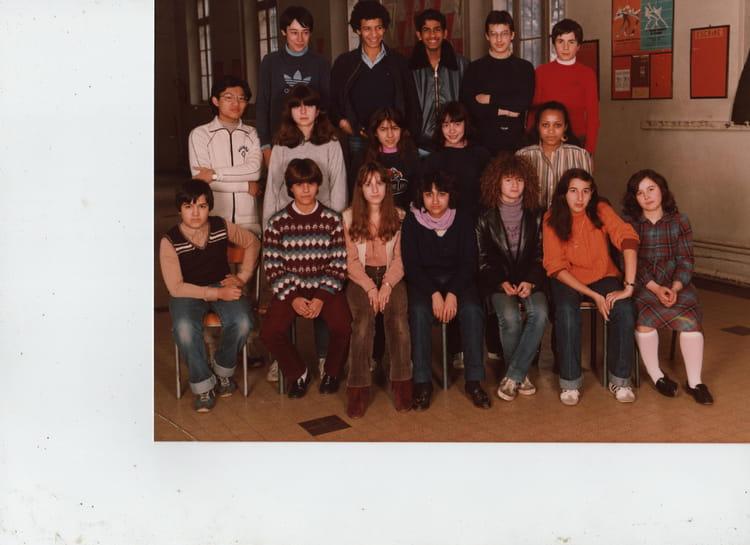 photo de classe 4 de 1980 ecole felix pecaut paris 17 copains d 39 avant. Black Bedroom Furniture Sets. Home Design Ideas