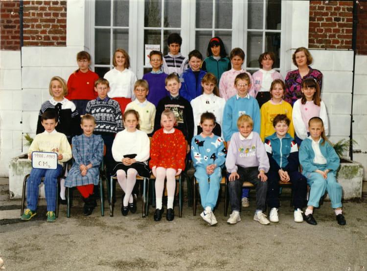 photo de classe cm2 de 1988 ecole curie rang du fliers copains d avant