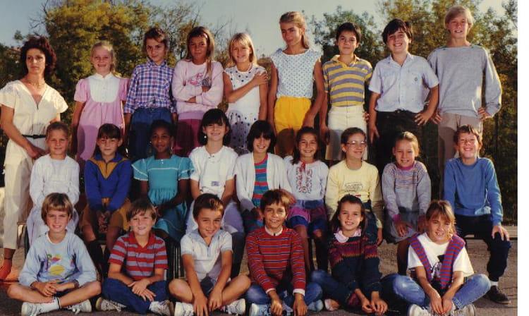 Photo de classe cm1 cm2 de 1984 ecole la roquette sur for Garage ad la roquette sur siagne