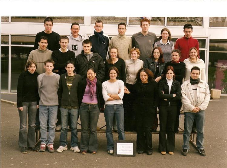 photo de classe bac pro commerce de 2002 cfa de la chambre de commerce et d 39 industrie d 39 angers. Black Bedroom Furniture Sets. Home Design Ideas