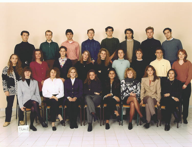 photo de classe bts action commerciale 1993 1994 de 1994 lyc e paul doumer copains d 39 avant. Black Bedroom Furniture Sets. Home Design Ideas