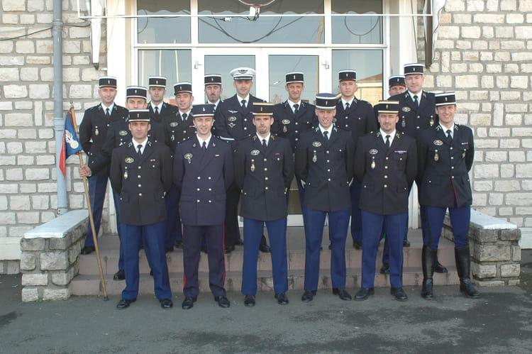 photo de classe 2 me brigade mip 15 de 2006 centre national entra nement forces gendarmerie. Black Bedroom Furniture Sets. Home Design Ideas