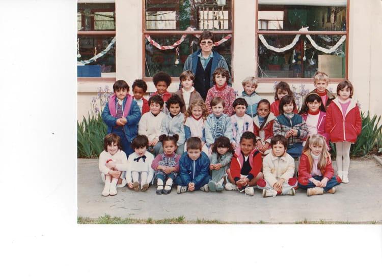 Photo de classe maternelle jean jaures r c b dou de 1985 for La mie de jean portet sur garonne