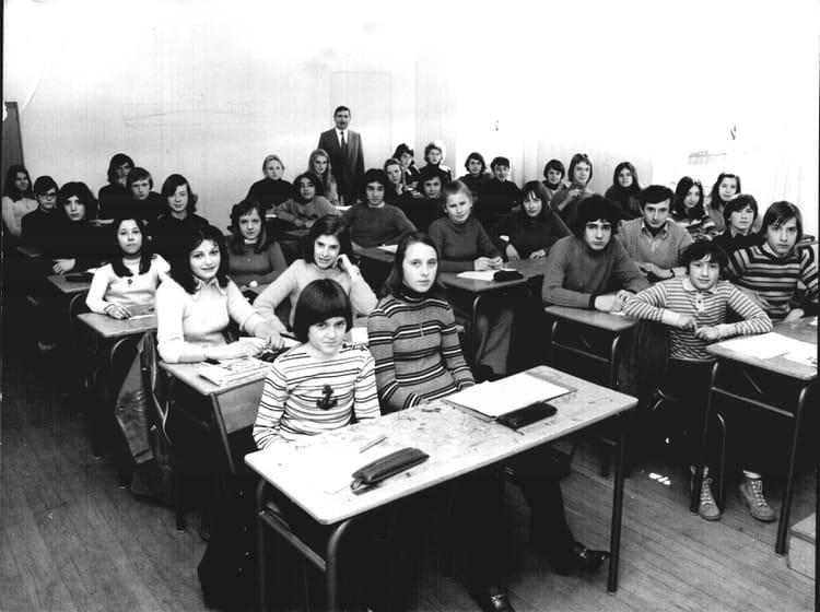 Photo De Classe 3 Me3 De 1973 Lyc E Jean Perrin Copains
