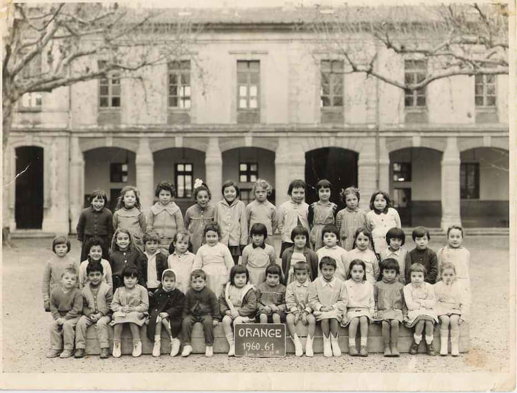 photo de classe cours pr u00e9paratoire de 1960  ecole pourtoules  orange