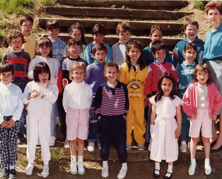 Photo De Classe Classe De Cp De 1987 Ecole Primaire Auzielle