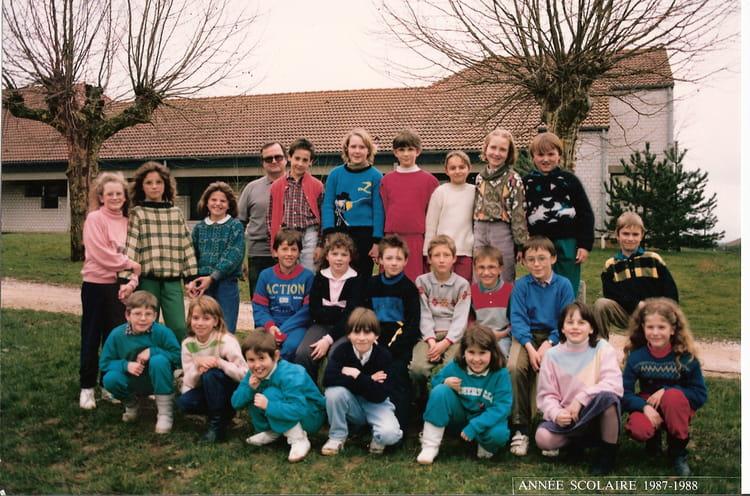 Photo De Classe Cm1 De 1987 Ecole De La Gare Cousance Copains D