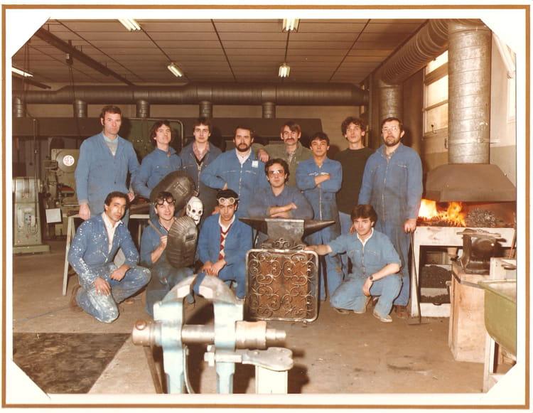 photo de classe formation metallier ferronnier 83 84 de 1984 formation professionnelle des. Black Bedroom Furniture Sets. Home Design Ideas