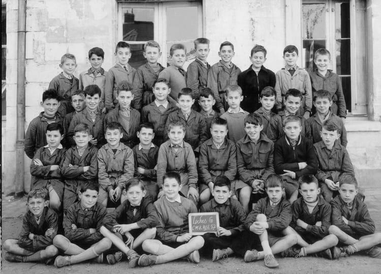 Photo de classe cm2 rue de tours de 1956 ecole de gar ons for Rue des garcons