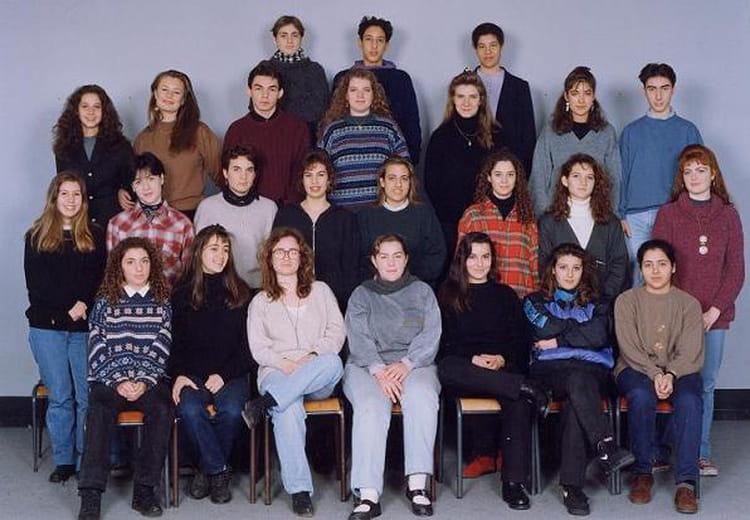 photo de classe 2nde 6 de 1992 lyc e albert einstein copains d 39 avant. Black Bedroom Furniture Sets. Home Design Ideas