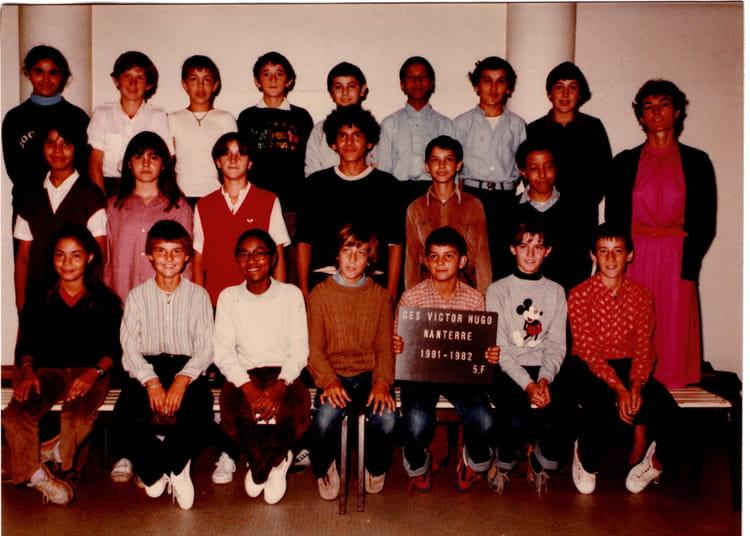 College Victor Hugo Nanterre : photo de classe 5 f de 1981 coll ge victor hugo copains ~ Dailycaller-alerts.com Idées de Décoration