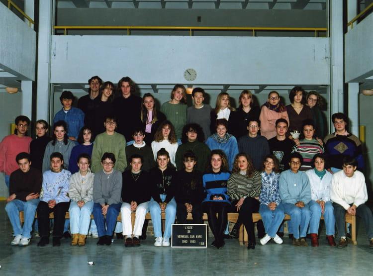 photo de classe 1 232 re g de 1993 lyc 233 e porte de normandie copains d avant
