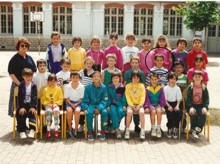 photo de classe ce1 de 1992 ecole la citadelle chalon sur saone copains d 39 avant. Black Bedroom Furniture Sets. Home Design Ideas