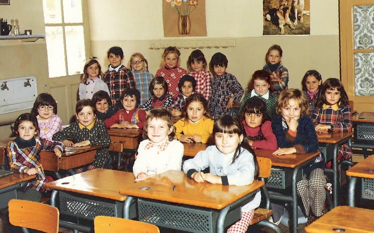 photo de classe cp ecole st james mont limar de 1974 ecole saint james montelimar copains. Black Bedroom Furniture Sets. Home Design Ideas