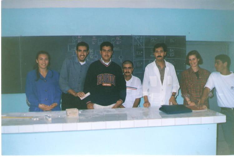 De la gauche à la droite :bouchlaghmi houda + marhoug mohamed