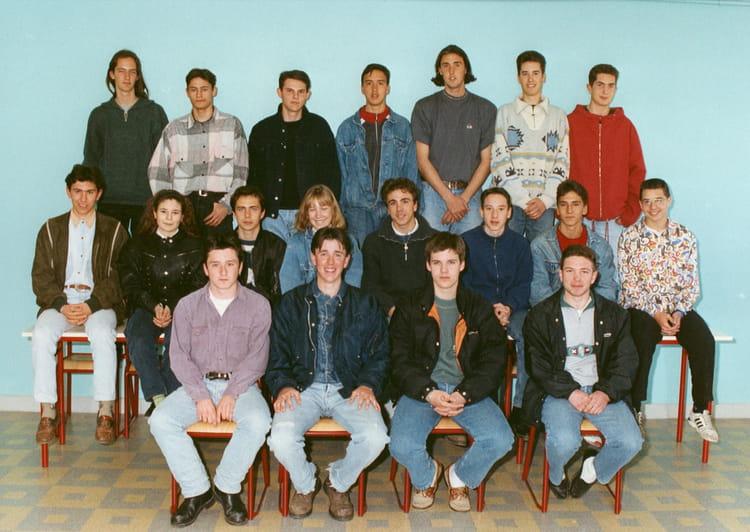 Photo de classe 1993 94 lycee adam de craponne de 1993 - Lycee craponne salon ...