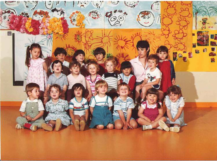 photo de classe maternelle de 1983 ecole albert camus villefranche sur saone copains d 39 avant. Black Bedroom Furniture Sets. Home Design Ideas