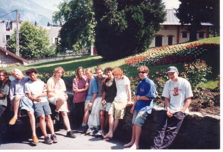 photo de classe quot au park quot de 1995 lyc 233 e mont blanc ren 233 dayve copains d avant