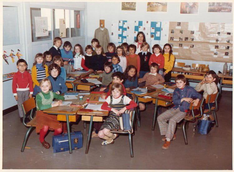 photo de classe st exupery 1977 de 1977 ecole saint. Black Bedroom Furniture Sets. Home Design Ideas