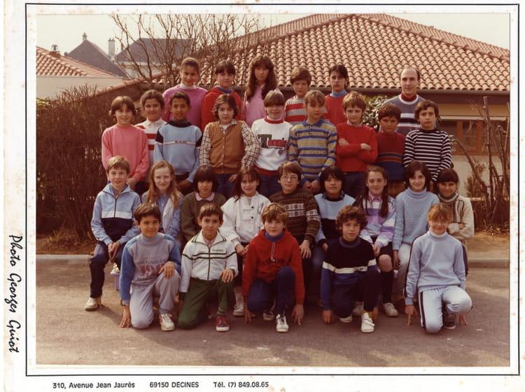 Photo de classe cm2 de mr guiffray de 1983 ecole jacques - Piscine saint maurice de beynost ...