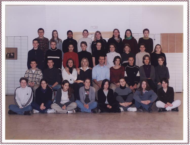 photo de classe tl1 1999 2000 de 2000 lyc e louis thuillier copains d 39 avant. Black Bedroom Furniture Sets. Home Design Ideas
