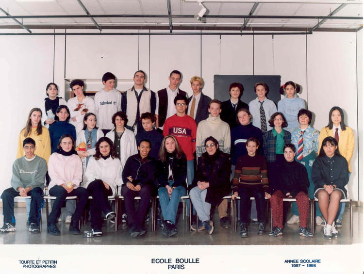 photo de classe 2 aa de 1997 ecole boulle copains d 39 avant. Black Bedroom Furniture Sets. Home Design Ideas