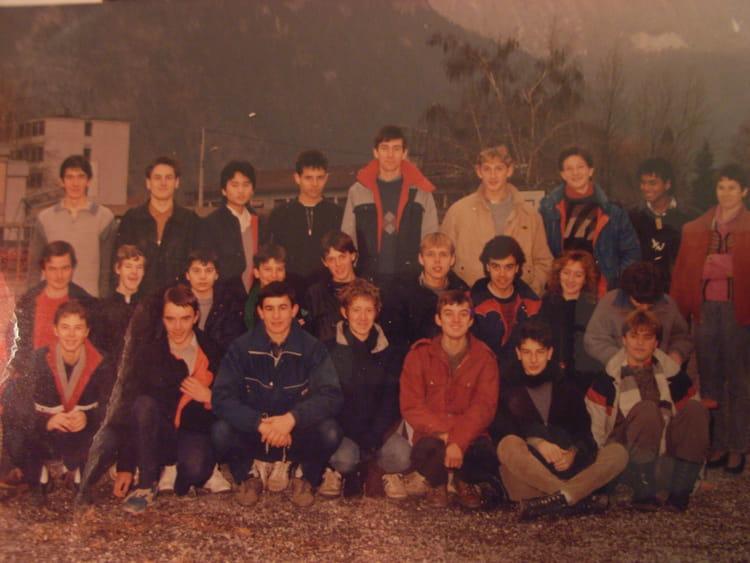 photo de classe 1ere micro m canique de 1985 lyc e professionnel la vall e de l 39 arve copains. Black Bedroom Furniture Sets. Home Design Ideas