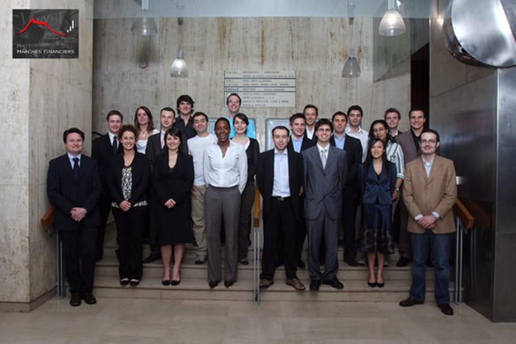photo de classe master 2 march s financiers de 2008 universit d 39 auvergne clermont ferrand i. Black Bedroom Furniture Sets. Home Design Ideas