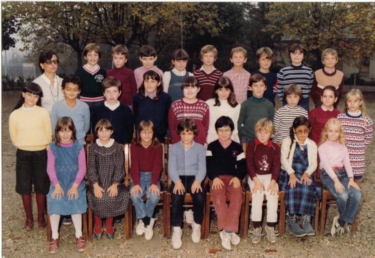 Photo de classe cm1 de 1982 ecole du centre craponne - Lycee craponne salon ...